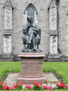 Benjamin Guinness statue outside St Patrick's Cathedral