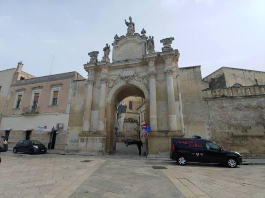 Porta Radae